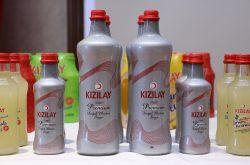 Kızılay Premium Maden Suyu şişeleri