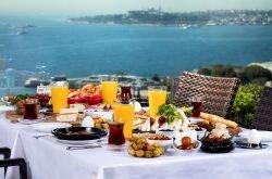 Conrad İstanbul Bosphorus'ta Pazar Kahvaltısı